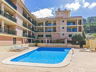3 Bedroom apartment with community pool, 100m from the sea in Puerto Andratx