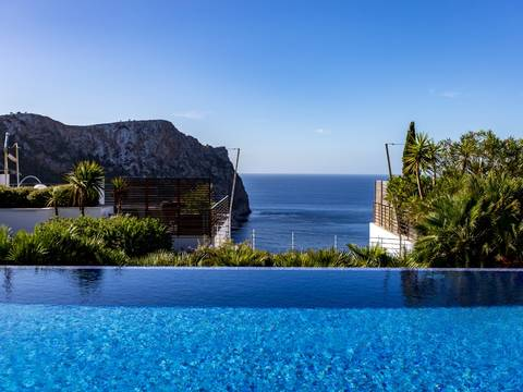 SWOPTA1791 Modern and bright apartment in a prestigious community in Cala Llamp