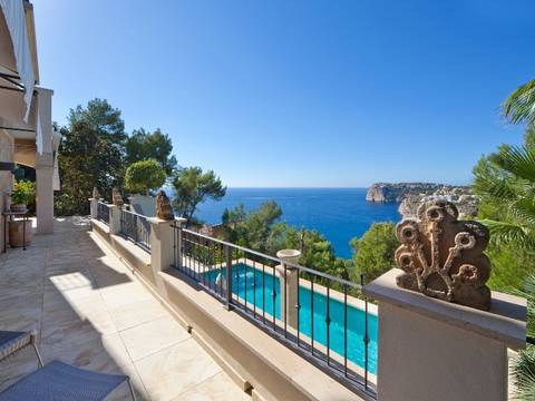 SWOPTA4537 Luxury villa for sale in Puerto Andratx with fantastic views over the island of Dragonera