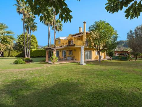 SWOPTA5131 Immaculate finca with pool within walking distance to Port Andratx
