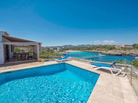 SWOPTC40152ETV Wonderful 4 bedroom villa, 250m from the beach in Portocolom, Felanitx