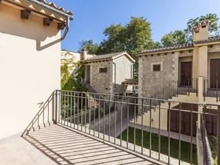 Charming semi detached house in the idyllic mountain village of Puigpunyent with small garden
