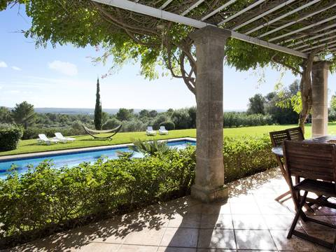 SWOPUN4377 Nice villa for sale in Es Puntiró with private garden and pool outside of Palma