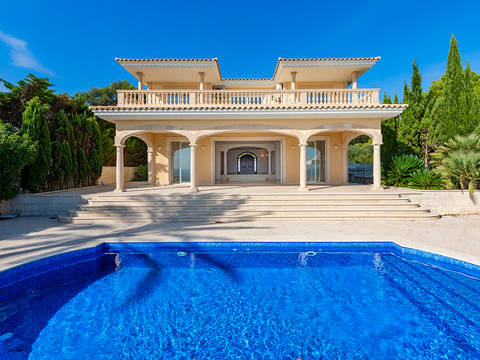 SWOSDM40141 Front line villa with panoramic sea views in Sol de Mallorca