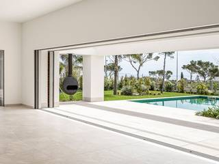 Luxury villa in exclusive location in Sol de Mallorca, close to golf courses and marinas