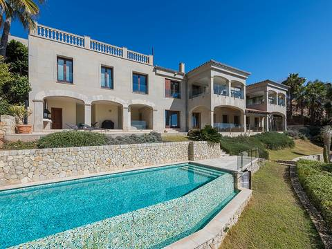 SWOSDM4938 Magnificent sea view villa with guest apartment in Sol De Mallorca