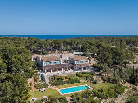 SWOSDM5145 Luxury Mallorcan finca with cutting edge design and features in Sol de Mallorca