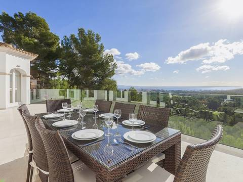 SWOSOV4527 Villa for sale with panoramic views of the bay of Palma